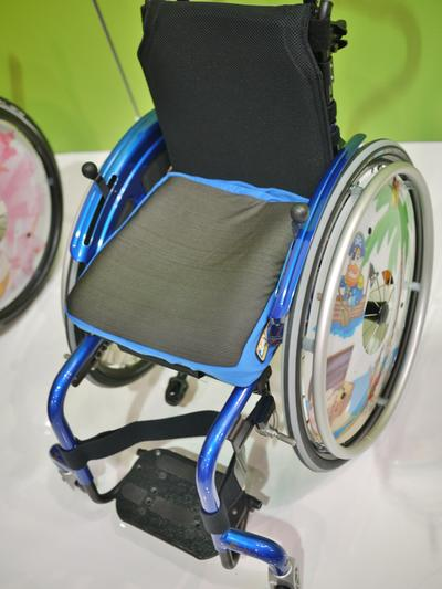 Simba wheelchair with round tube frame--attach using a Bridge Clamp
