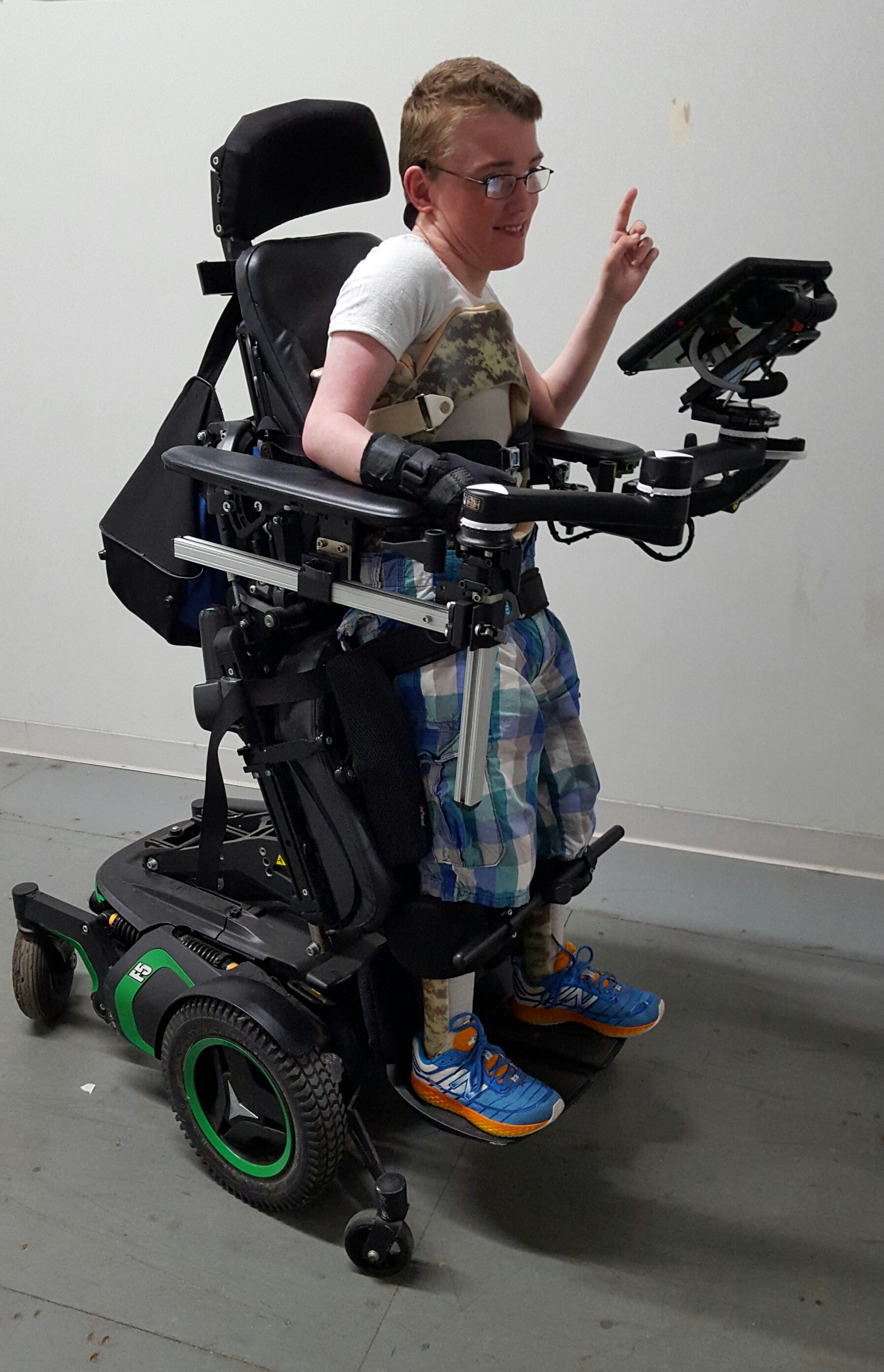 Device Mount for Standing Wheelchair